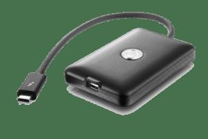 the-akitio-thunderbolt3-to-thunderbolt2-adapter-t3t-t3t-ttna-akt-1