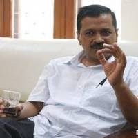 16 hours on, Kejriwal's protest at LG's office continues
