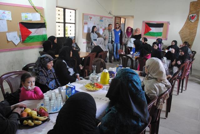نادي بنات فلسطين في جمعية ناشط تنظم احتفالاً للأمهات في يوم المرأة العالمي