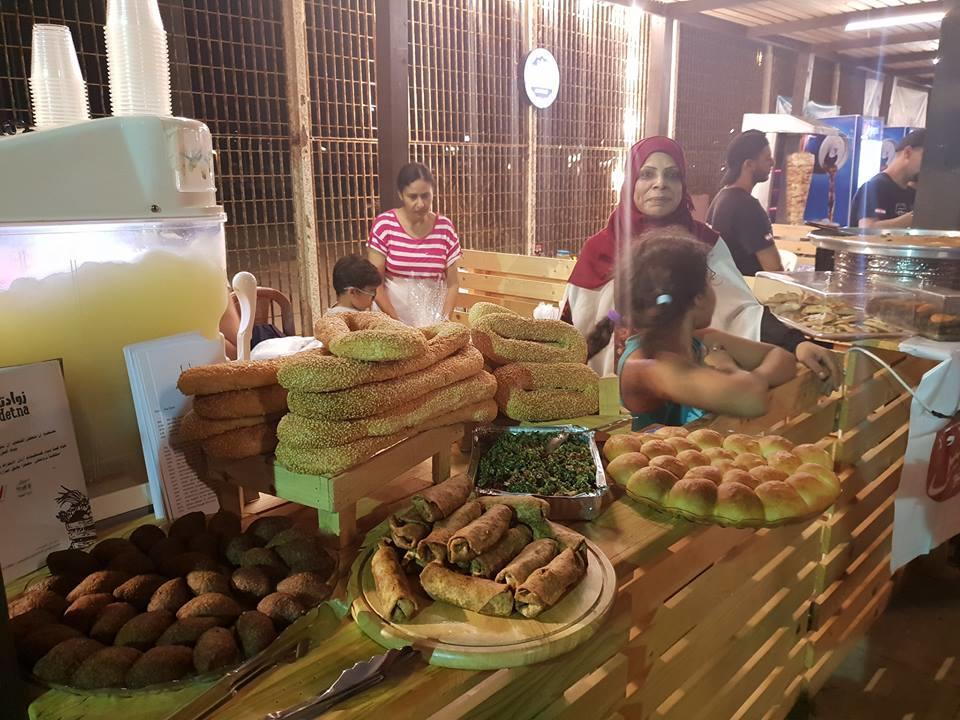 شاركة التعاونيات النسائية - زوادتنا - في مهرجانات صيدا التي تقام على ساحل مدينة صيدا الملعب البلدي