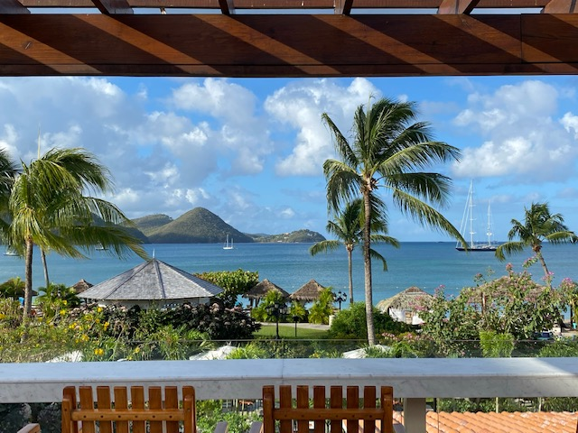 St. Lucia Honeymoon from 2 Travel Anywhere featured on Nashville Bride Guide