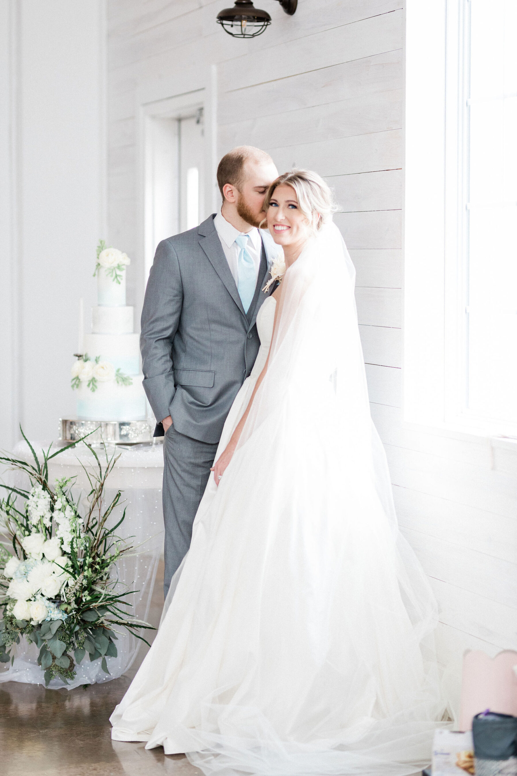 Luxury Southern Styled Shoot by Kinspired Photography featured on Nashville Bride Guide