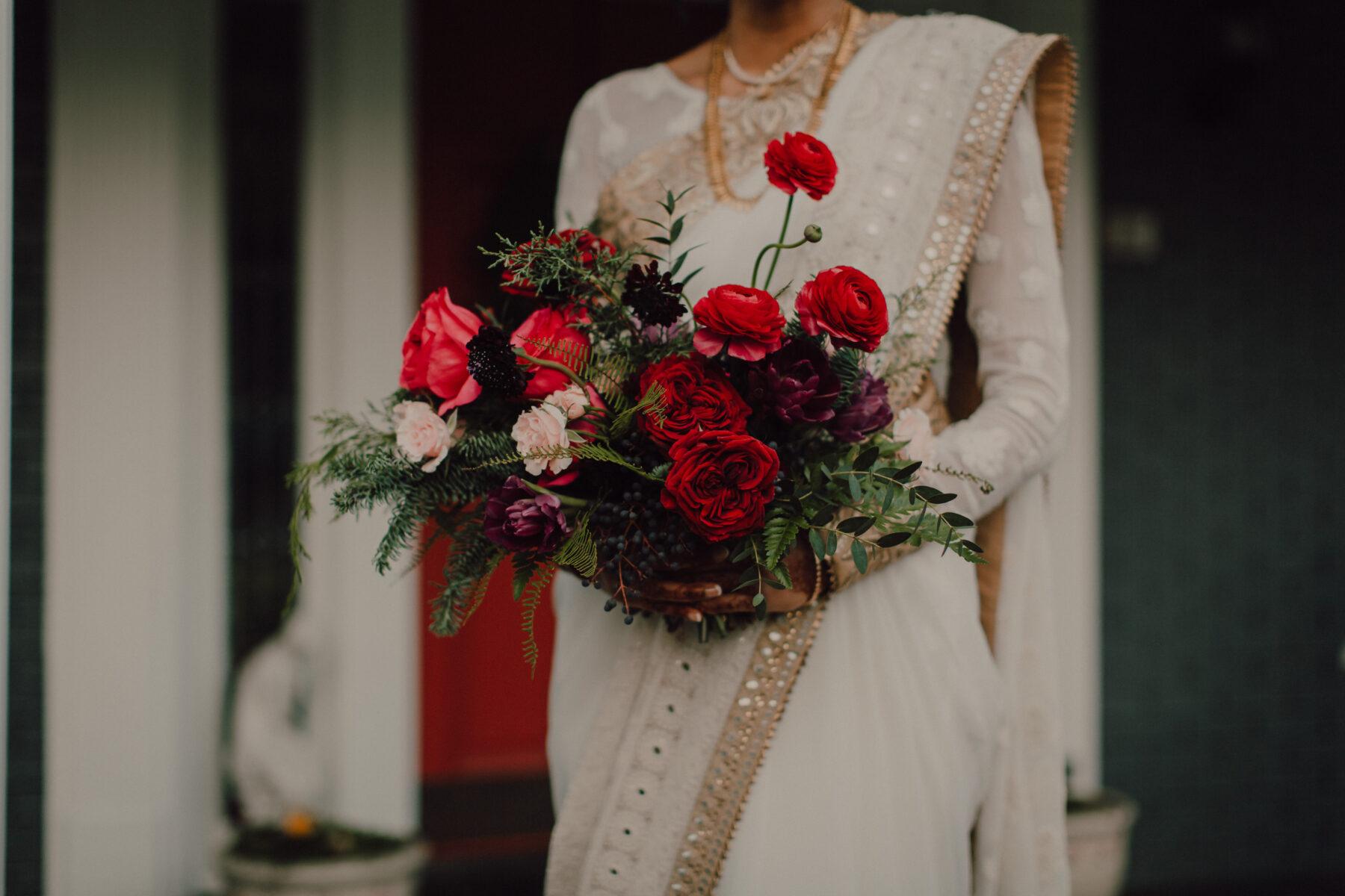 Red winter wedding bouquet | Nashville Bride Guide