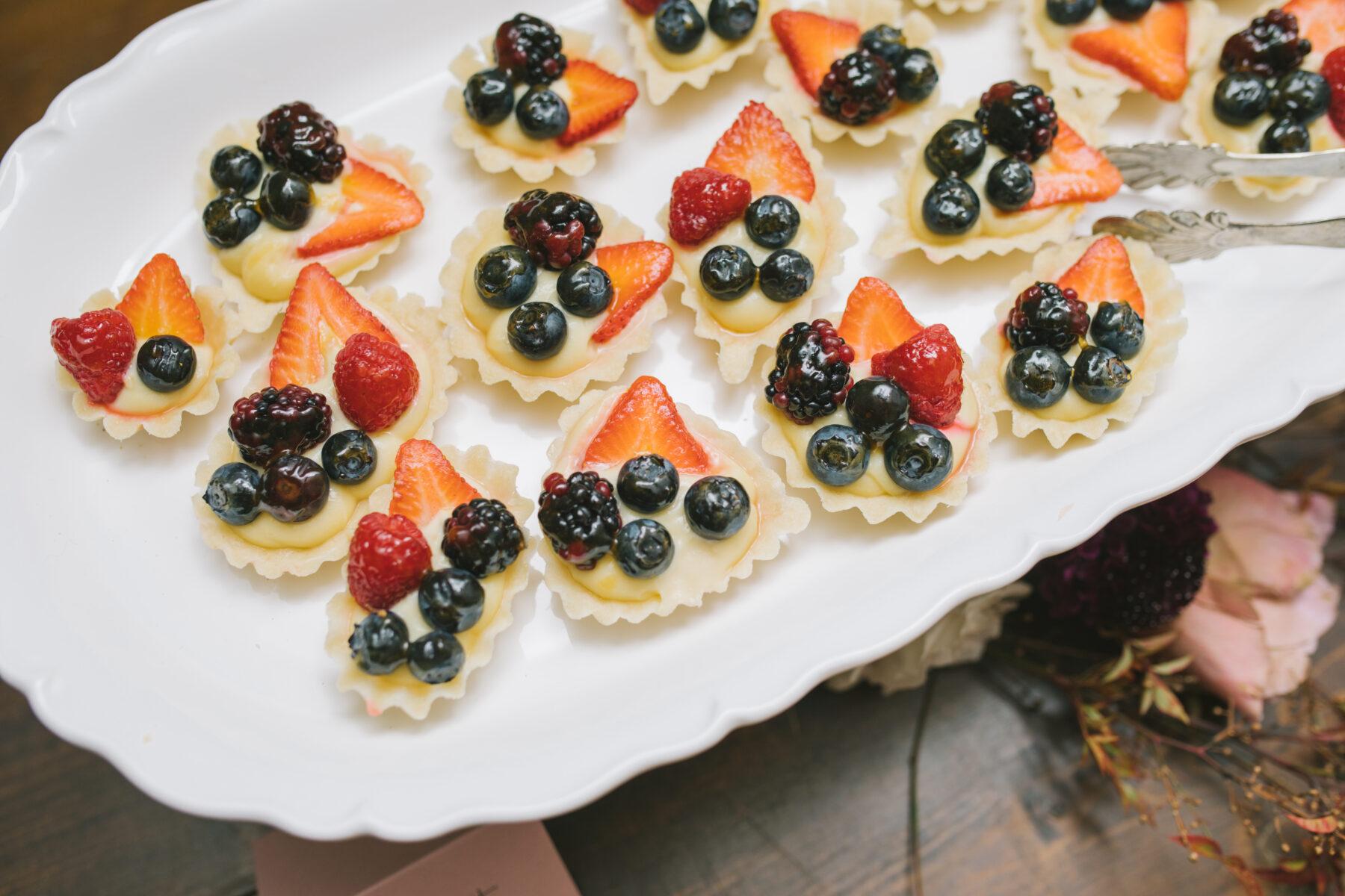 Berry Wedding Desserts   Nashville Bride Guide