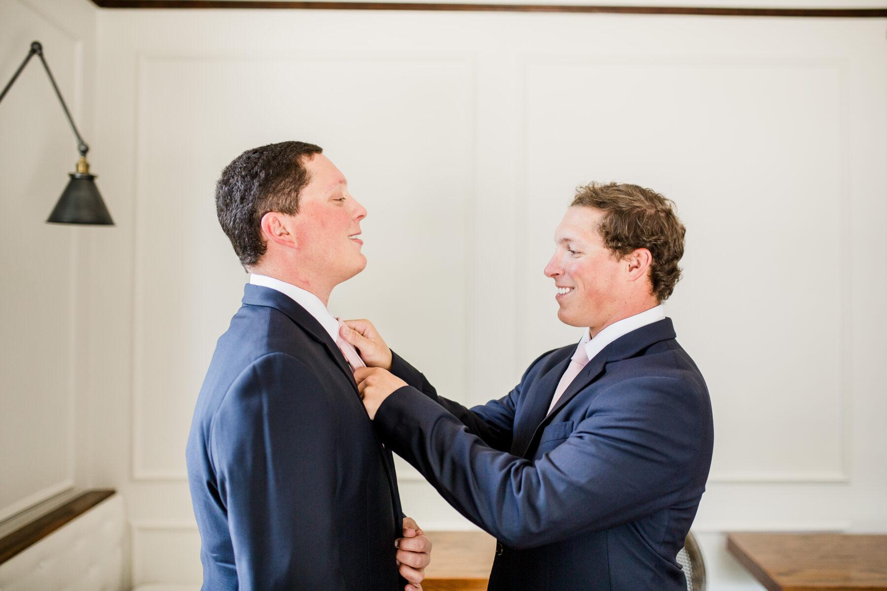 Navy blue grooms tuxedo   Nashville Bride Guide