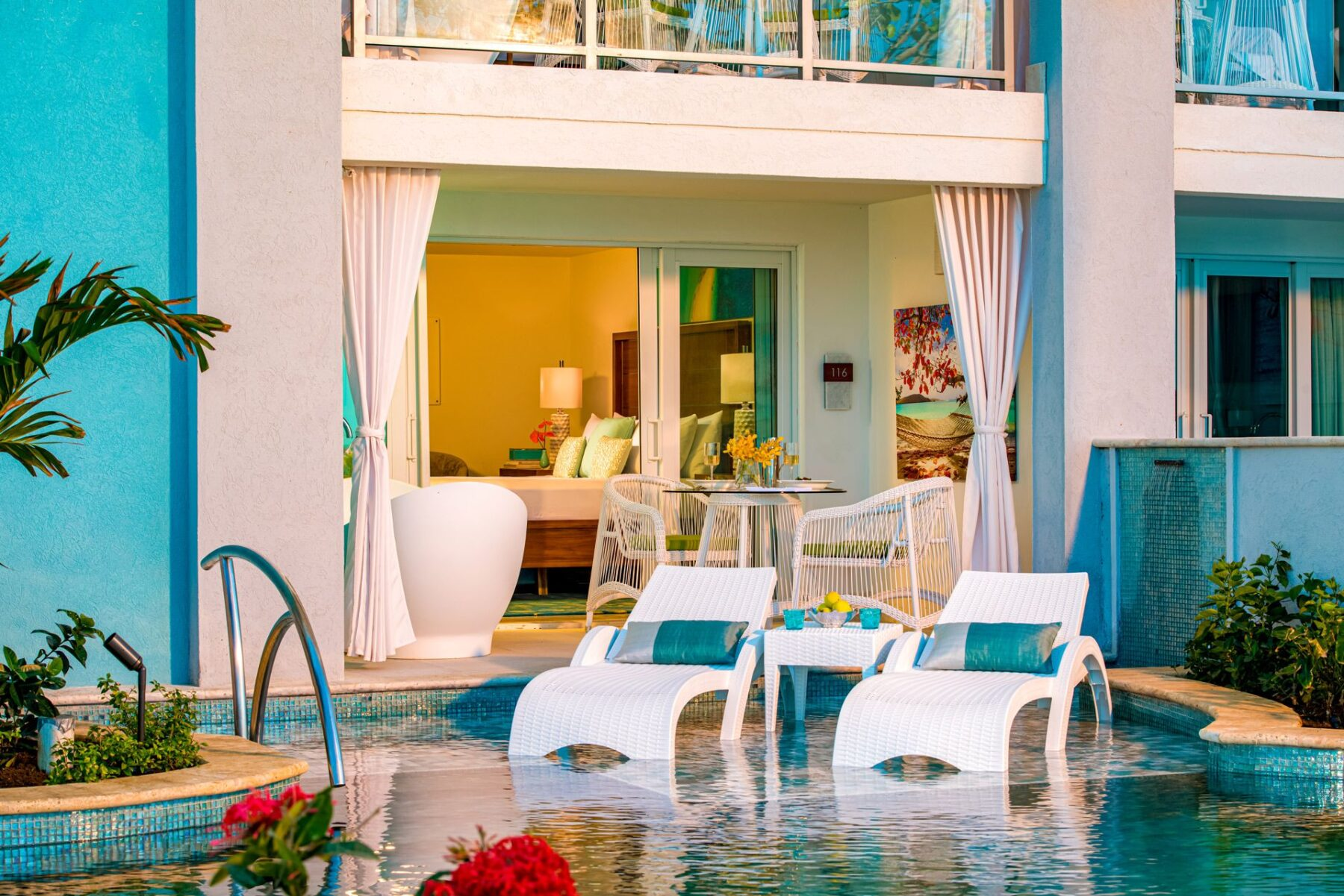 Swim Up Pool Suites from 2 Travel Anywhere   Nashville Bride Guide