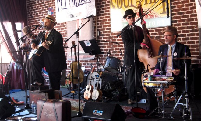 Jake Leg Stompers Mando Blues Soulshine Nashville Fringe Festival 04