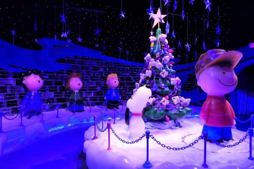 Gaylord Opryland Christmas 2017 - ICE singing