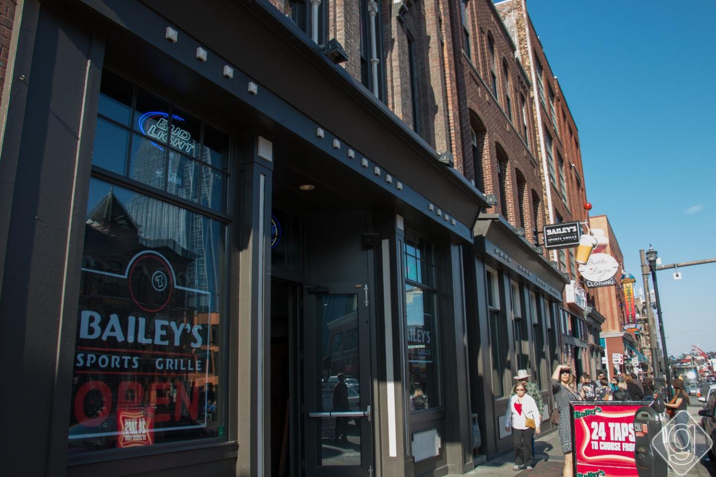 Top 10 Sports Bars in Nashville  Nashville Guru