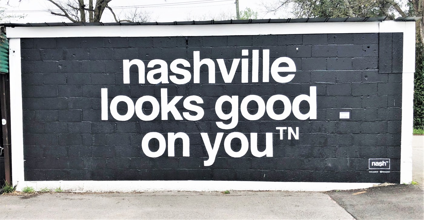 Nashville Looks Good mural street art