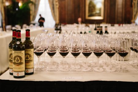 wineauction_sm-1459