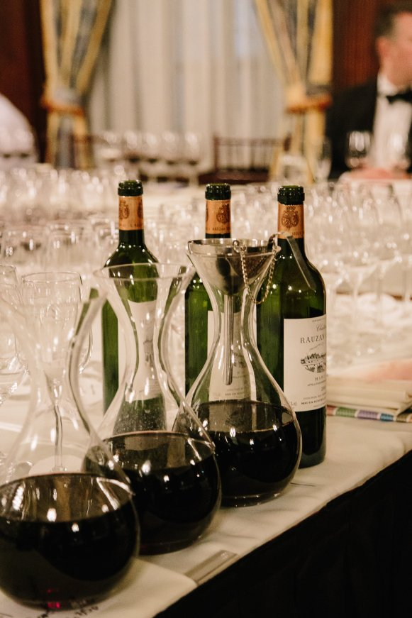 wineauction_sm-1670
