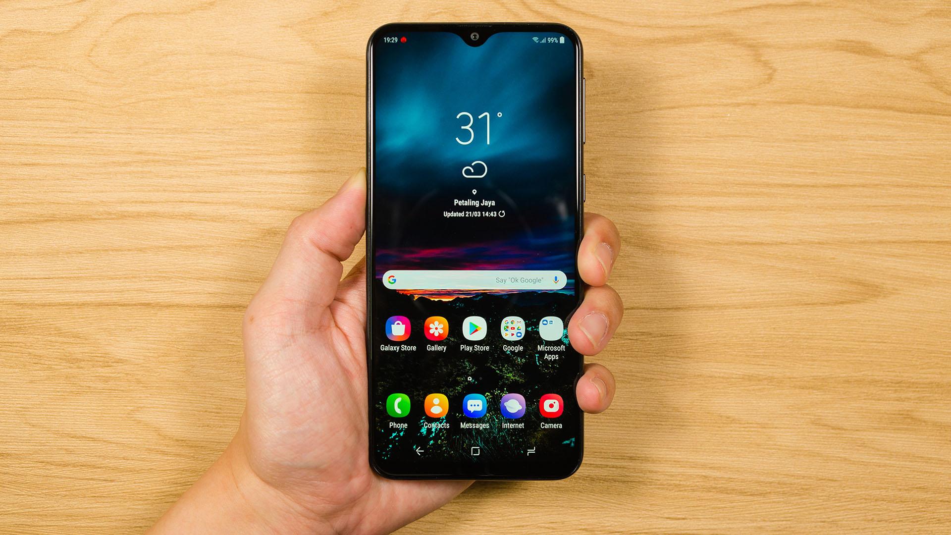Samsung Galaxy M20 - Offers