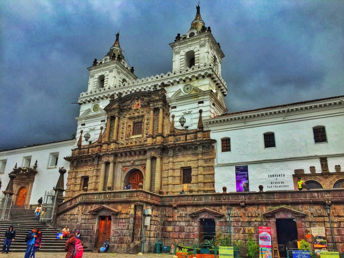 Iglesia y Convento de San Francisco, Quito Ekvador, dünyanın ortası ekvator, quito'da gezilecek yerler, güney amerika gezi planı, ekvador gezi rehberi, dünyanın ortası neresi, güney amerika gezilecek yerler,  quito gezi rehberi, nasil gezdim, güney amerika gezi planı
