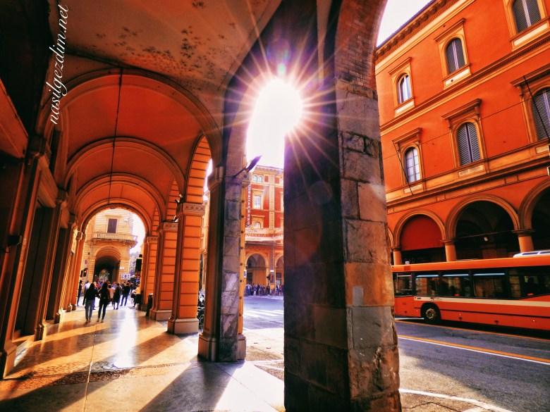 Bologna gezi rehberi, bologna gezilecek yerler, italya gezilecek yerler