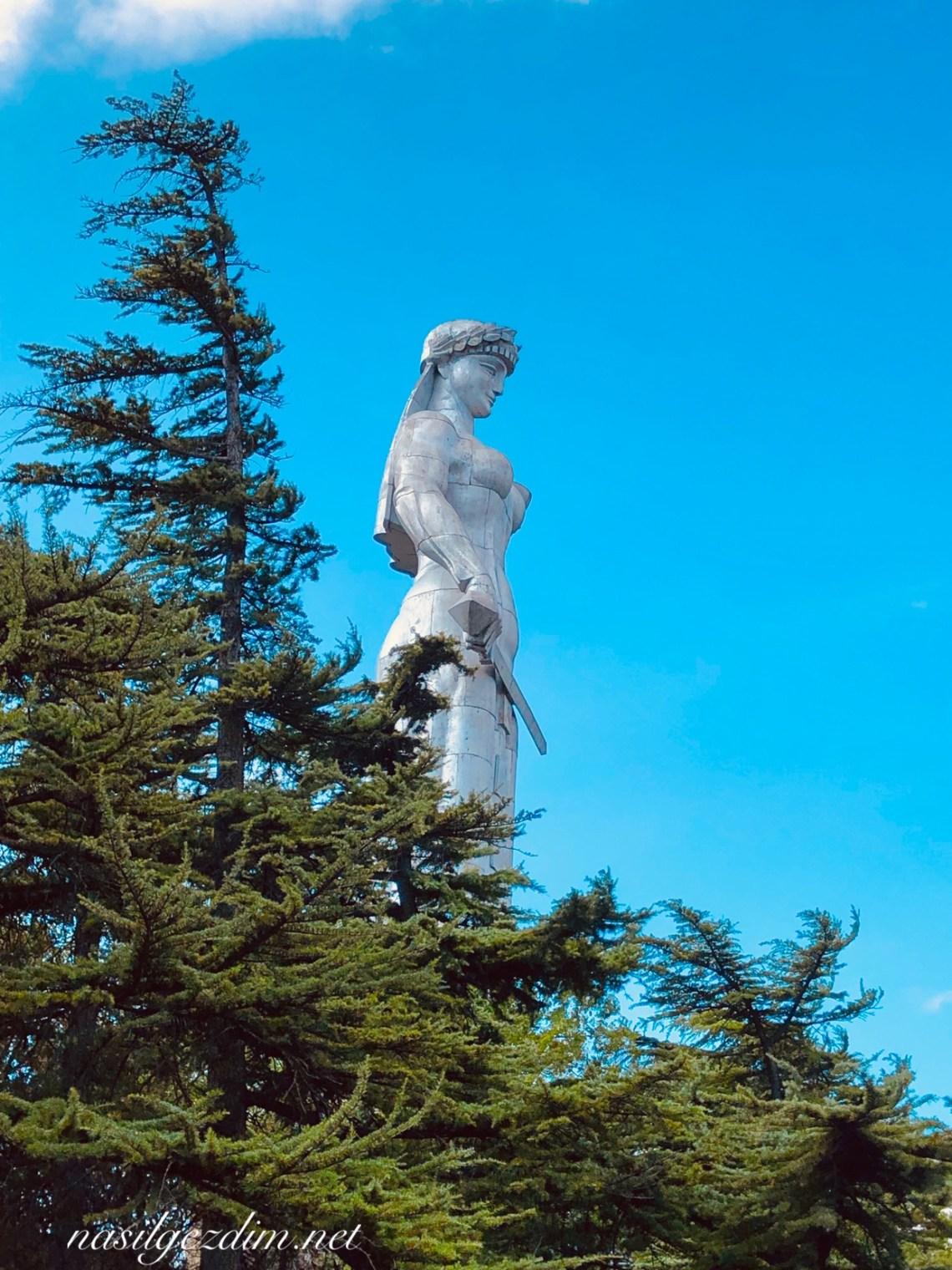 Tiflis Gezi Rehberi, Tiflis Gezilecek Yerler, Gürcistan Gezi Rehberi, Gürcistan Gezilecek Yerler, Tiflis Gezisi, Kartelis Deda