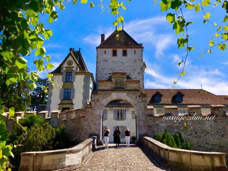 oberhofen kalesi, isvicre gezilecek yerler