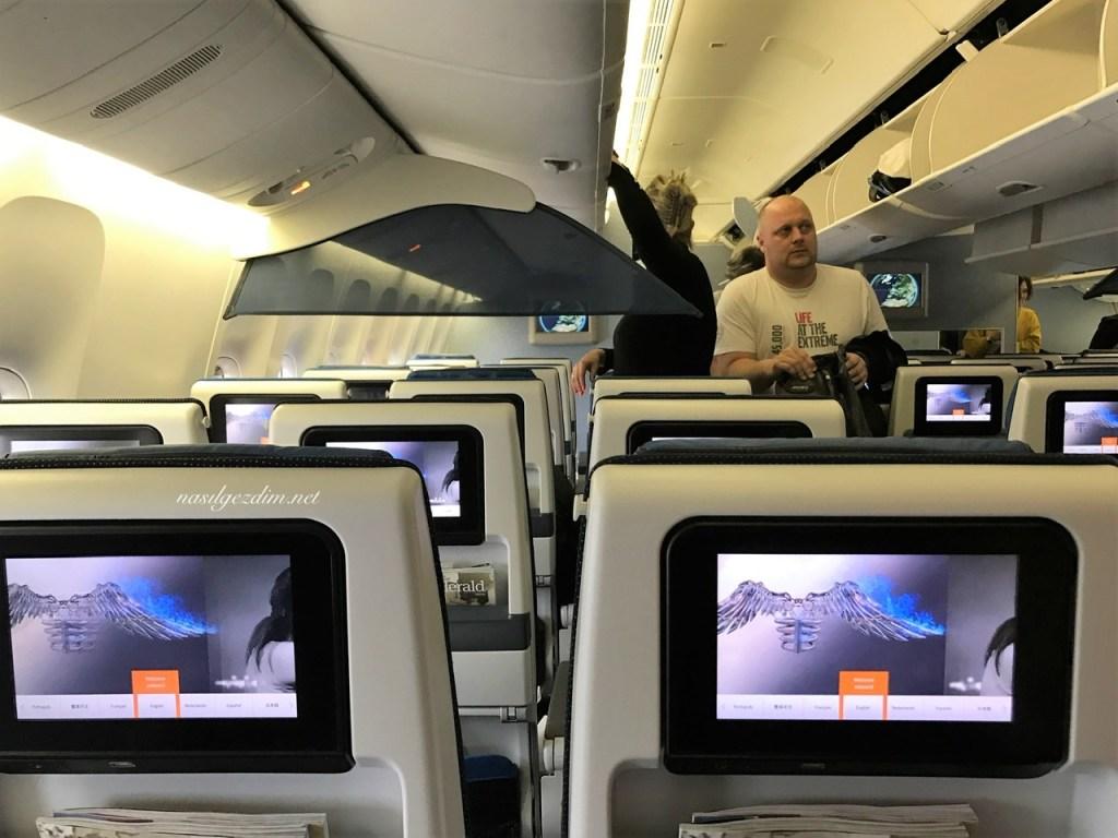 uzun uçak yolculuğu yapacaklara tavsiyeler