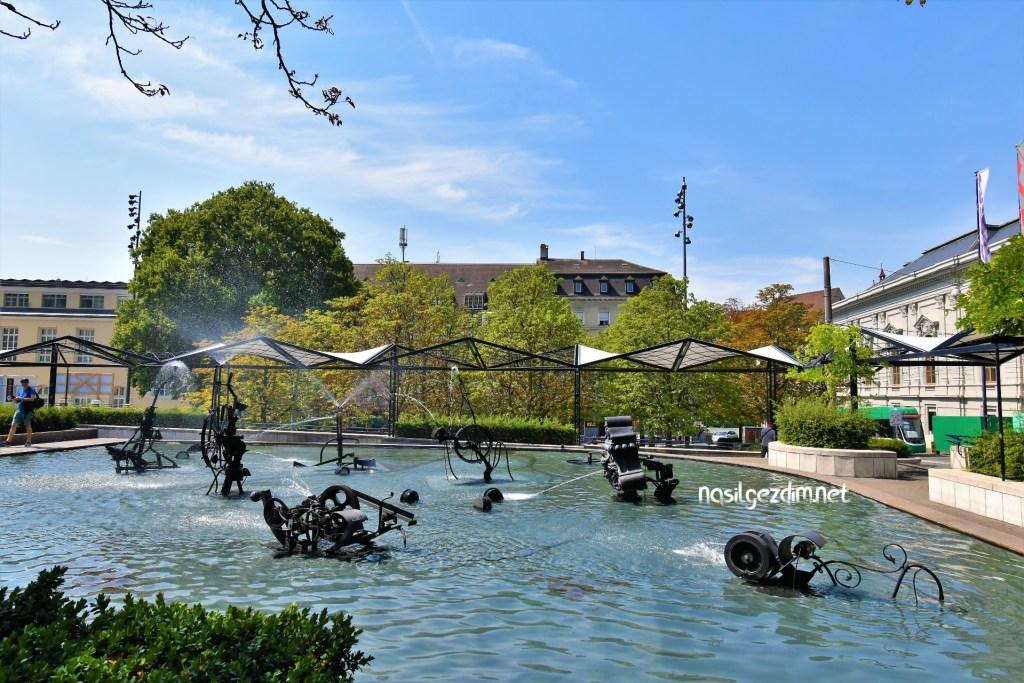 basel gezilecek yerler, tinguely fountain, tinguely çeşmesi, basel gezi rehberi
