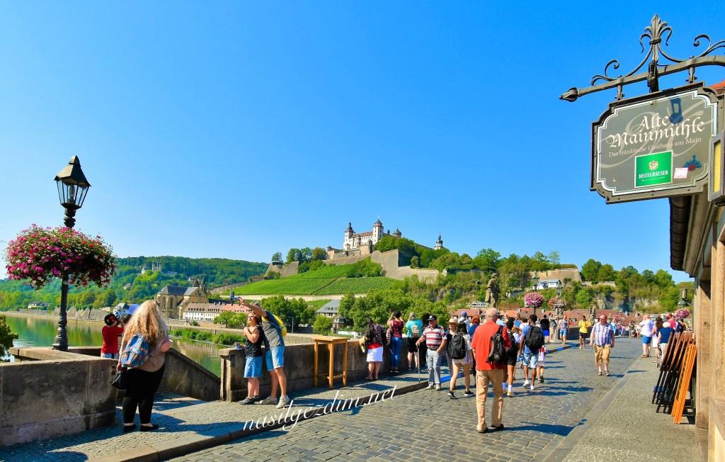 würzburg gezi rehberi, würzburg gezi notları, würzburg'da gezilecek yerler, nasilgezdim, nasil gezdim, ilham veren seyahat blogları