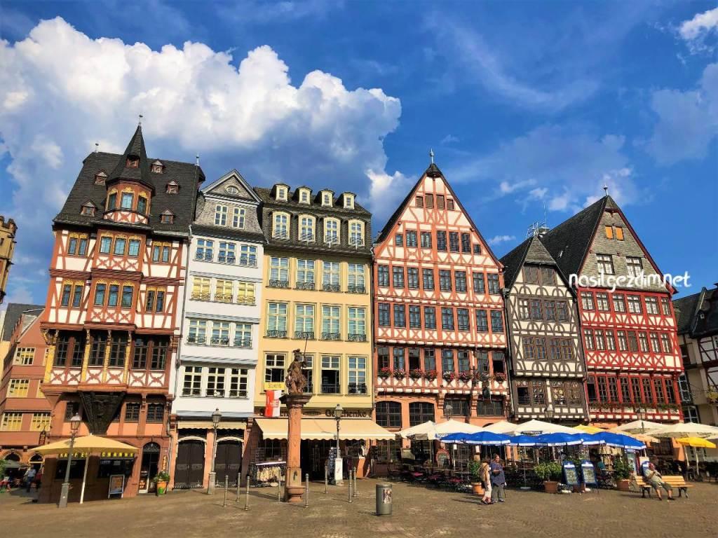 frankfurt gezi rehberi, römerberg meydanı, römerberg, frankfurt gezilecek yerleri