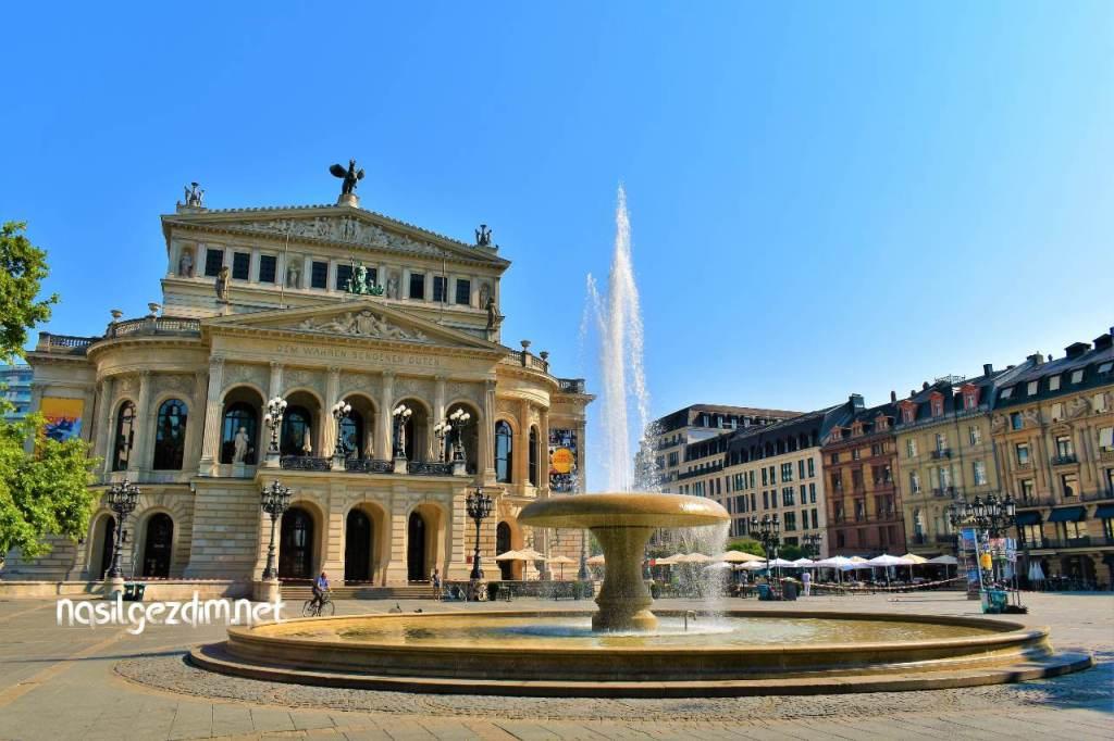 frankfurt gezilecek yerler, alte oper frankfurt