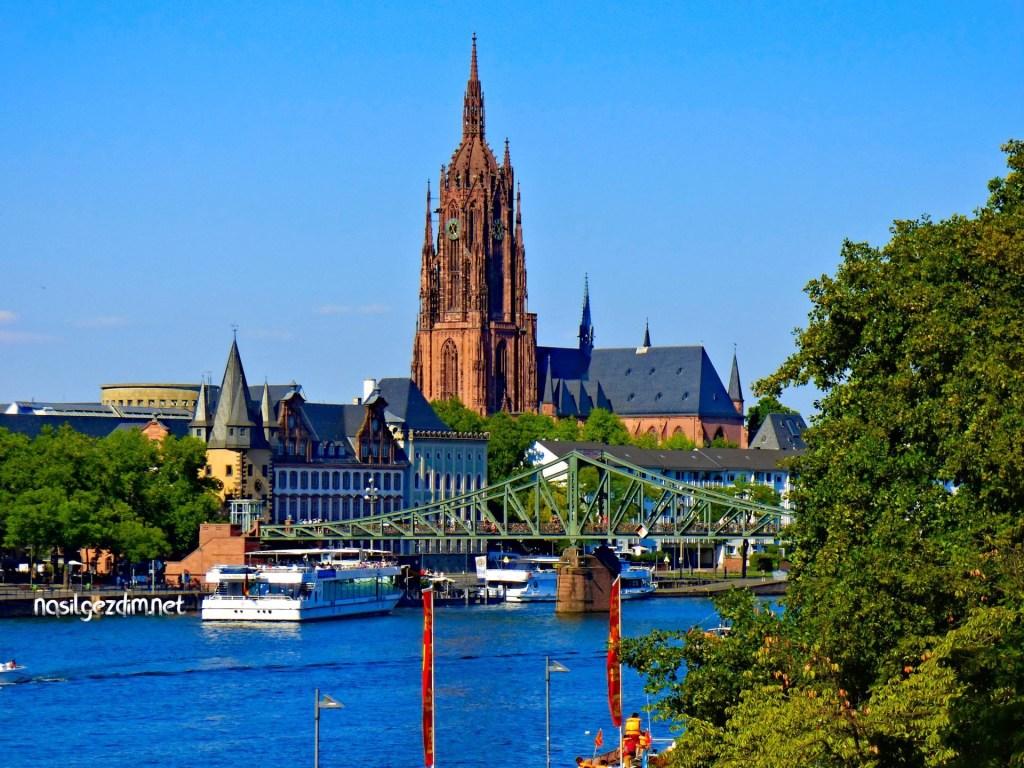 frankfurt katedrali, frankfurt gezilecek yerler, frankfurt gezi rehber