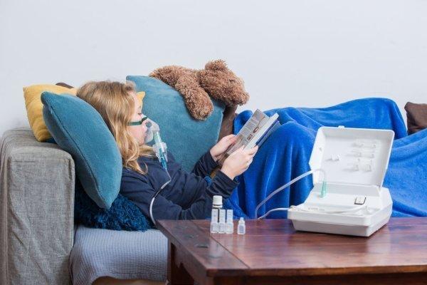 Ингаляция ребенку  в лежачем положении