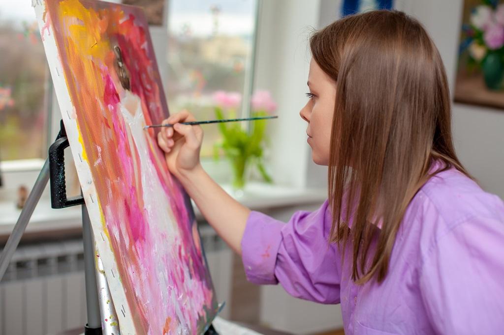 Creative artist