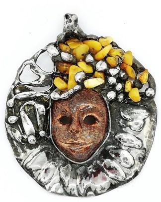 maska ceramiczna z bursztynami