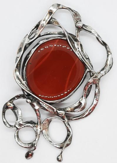 jaspis czerwony opleciony drutem