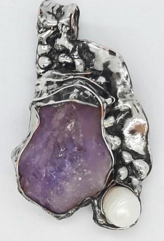 Ametyst kryształ z perłą