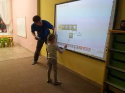 Programowanie i robotyka Lego Wedo w przedszkolu Kinderki w Śremie