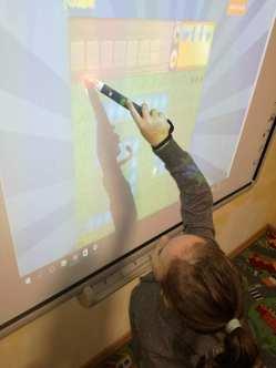 Wyjątkowe zajęcia kodowania i robotyki w przedszkolu językowym Kinderki