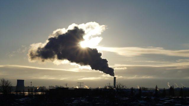 Jak działa i jaką rolę pełni miernik zanieczyszczenia powietrza?