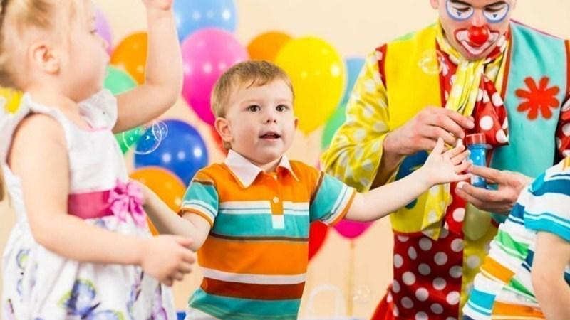Wypoczynek z dzieckiem – jak zorganizować czas?