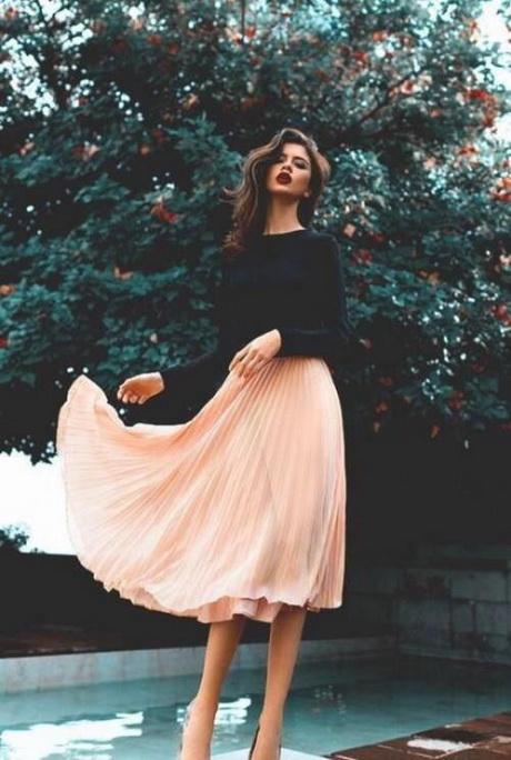 Dresses for september wedding guest