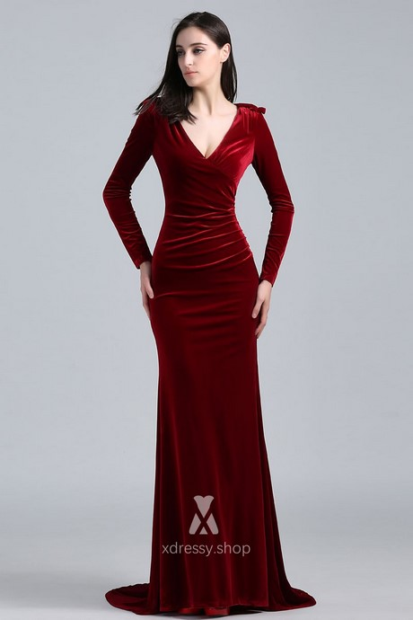Burgundy velvet long sleeve dress