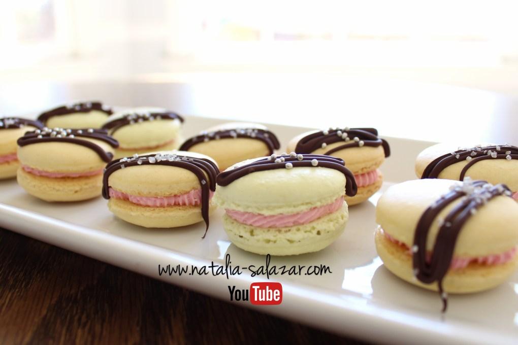 Macarons relleno crema de mora