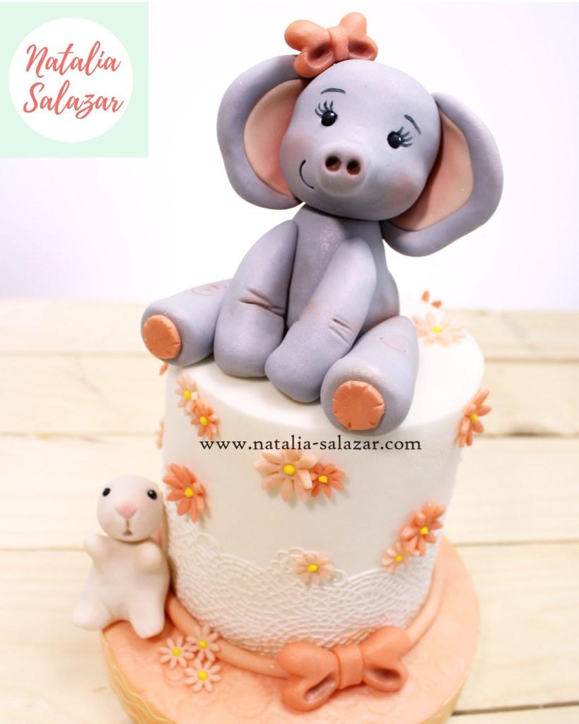 Elefante baby shower cake