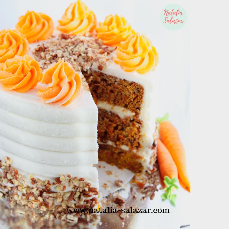 Torta de zanahoria húmeda natalia salazar pastelería creativa