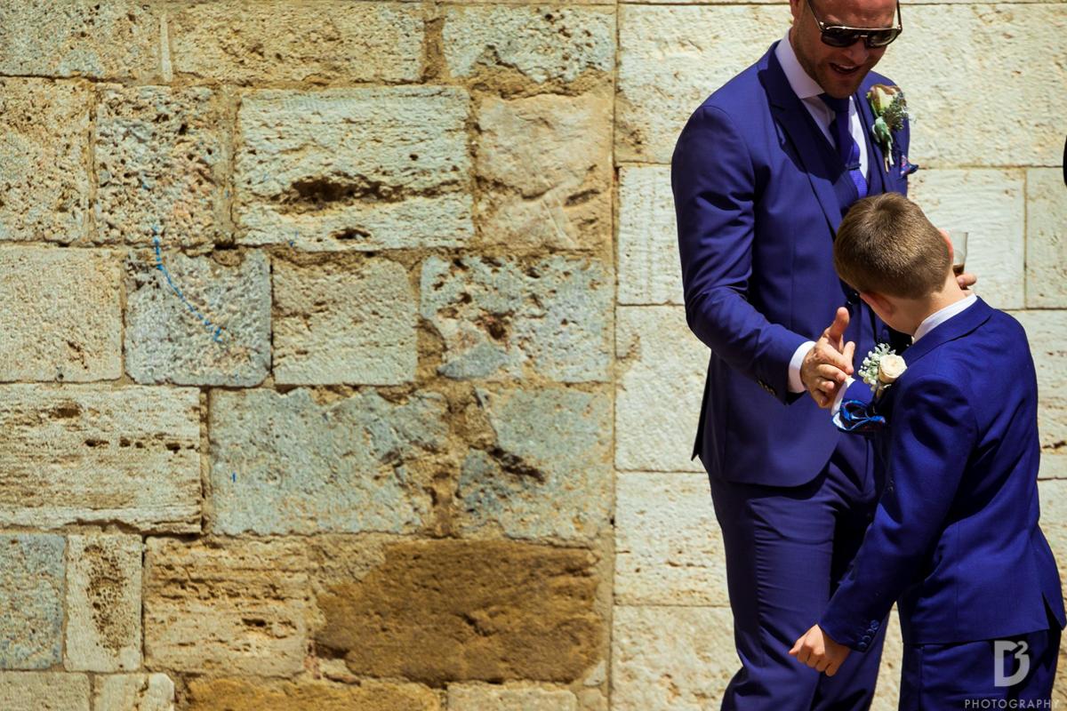Outdoor civil wedding ceremony in San Gimignano