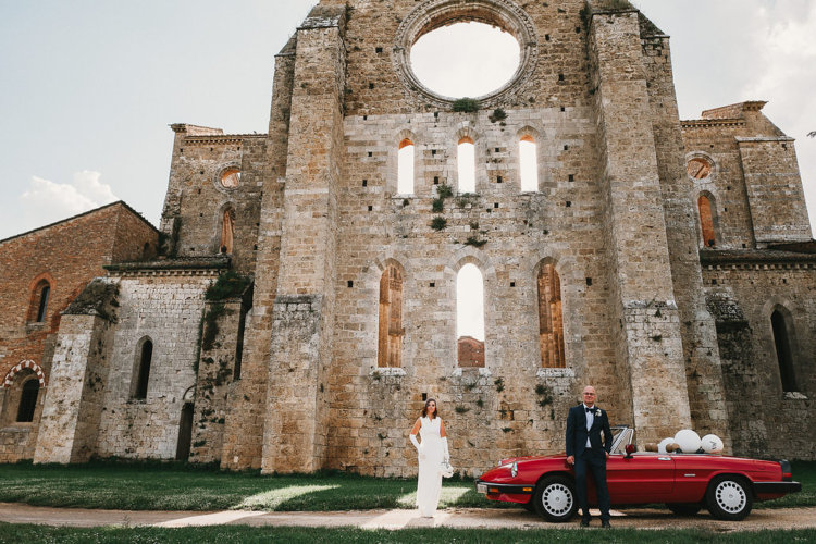 San Galgano bride and groom