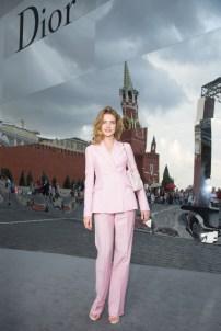 20130709Natalia+Vodianova+Dior+Cocktail+Event+Moscow+3GiPflJrnzax