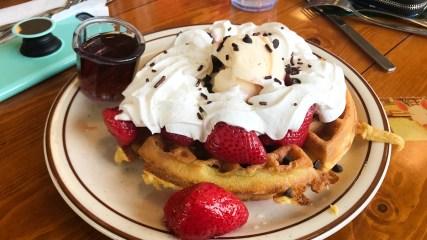 waffle house cast breakfast