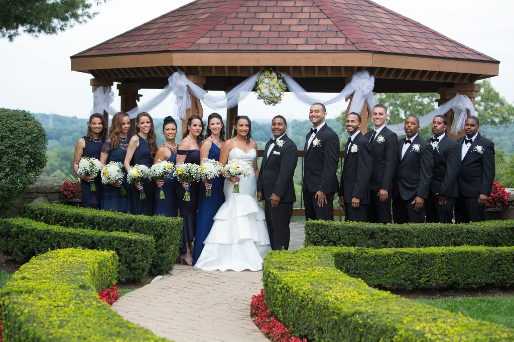 Pine Knob Mansion wedding party