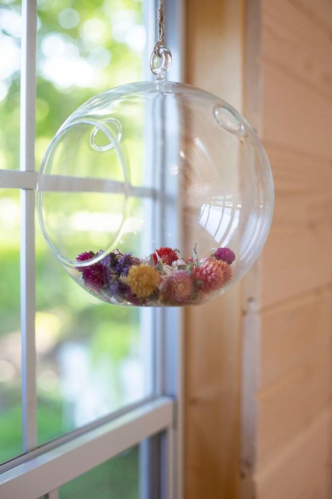Potpourri inside terrarium