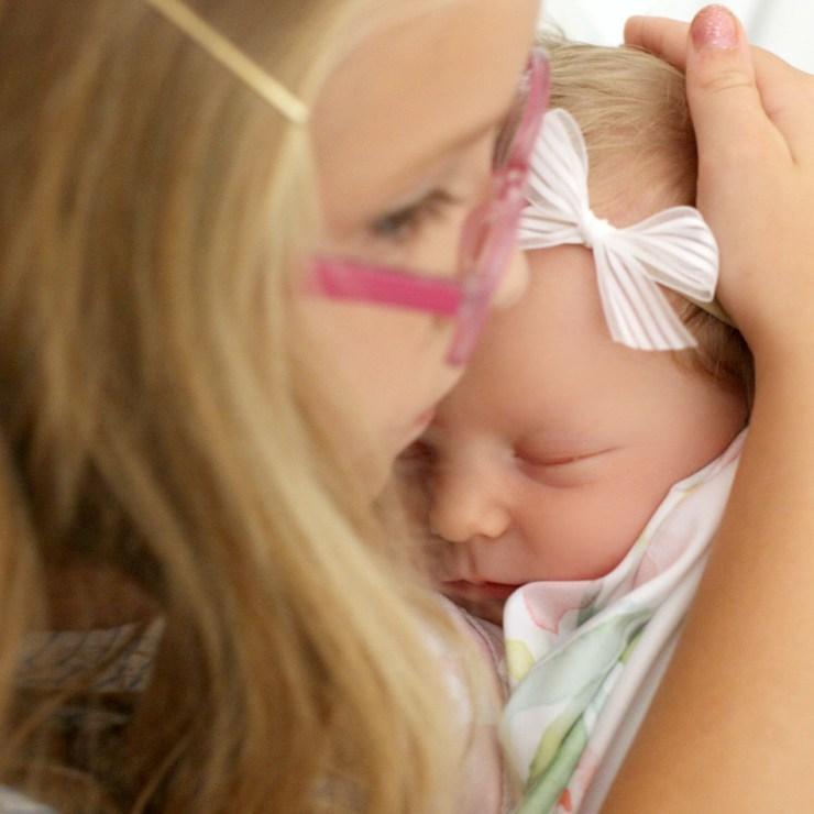 sister-sibling-hospital-photography-photos-web