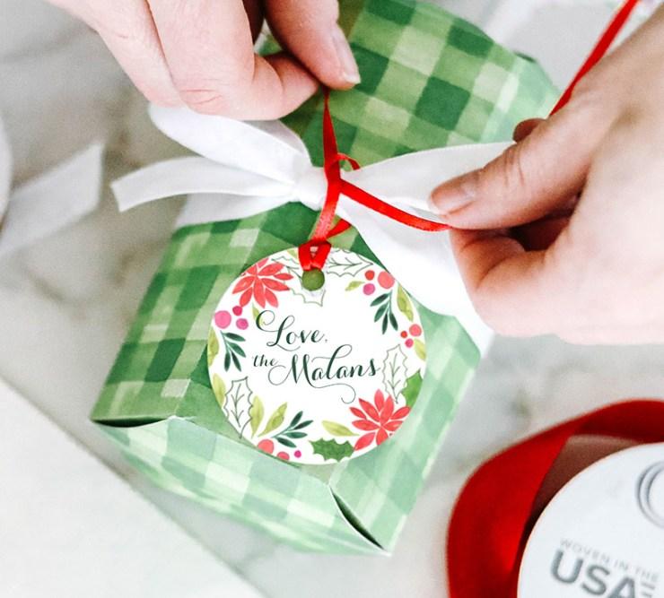 free downloadable printable Christmas gift tags watercolor