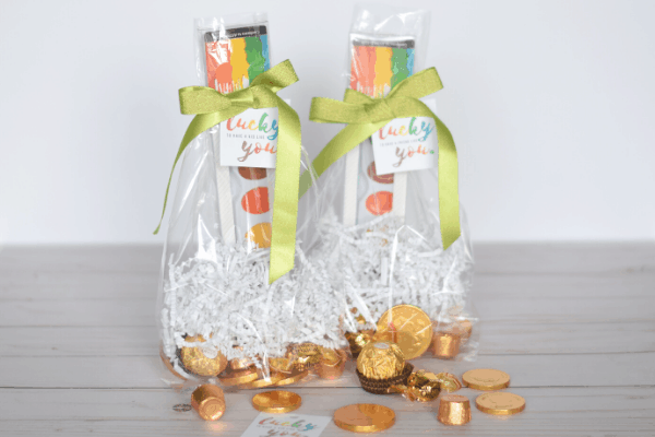 St. Patrick's Day Rainbow Treat Bags & Free Gift Tag Printables